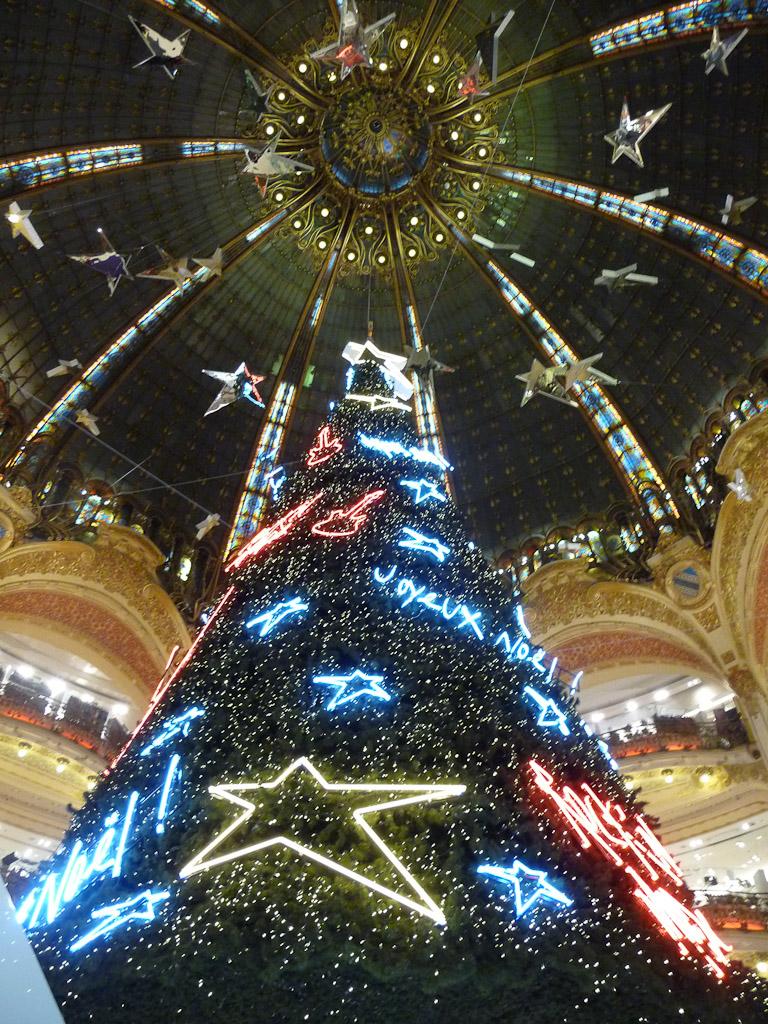 Sapin de Noël dans les Galeries Lafayette, Paris 9e (75)