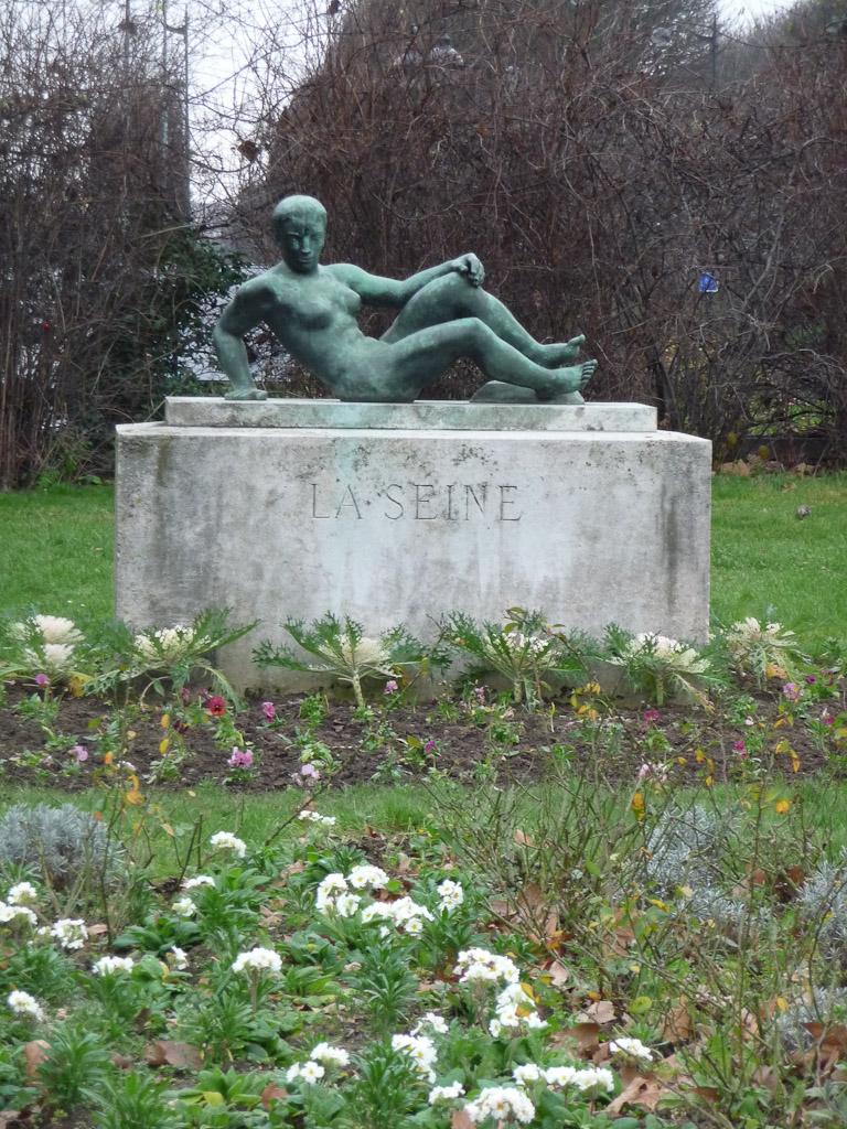 Statue La Seine, Paris 8e (75)