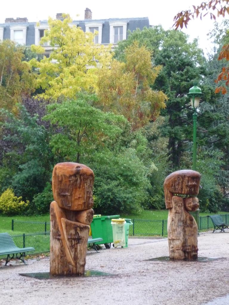 Jeunesse et Amour éternel (Wang Keping) au parc Monceau, Paris 8e (75)