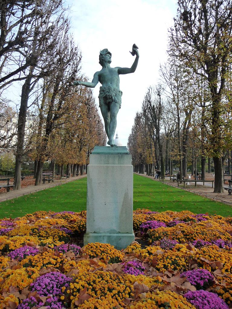 L'acteur grec, Arthur Bourgeois, Jardin du Luxembourg en automne, Paris 6e (75)