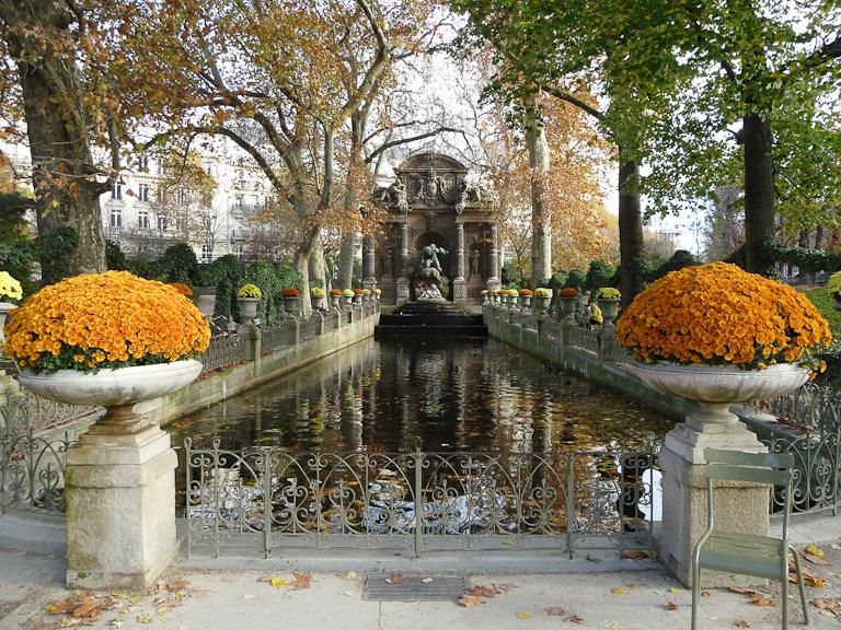 Fontaine Médicis, Jardin du Luxembourg en automne, Paris 6e (75)