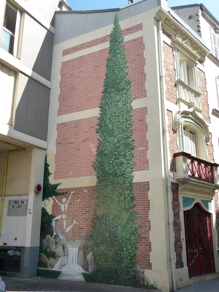 Grande fresque dans la rue des Cascades, Paris 20e (75)