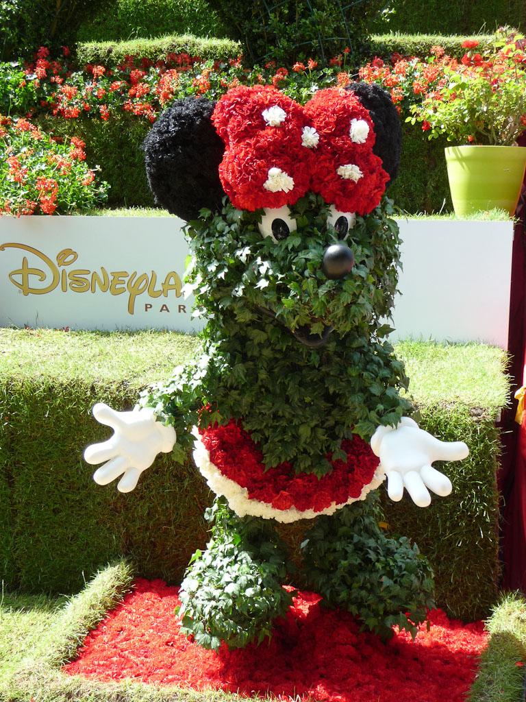 Minnie en topiaire, jardin enchanté de Disneyland Paris, Jardins Jardin 2012, Jardin des Tuileries, Paris 1er (75)