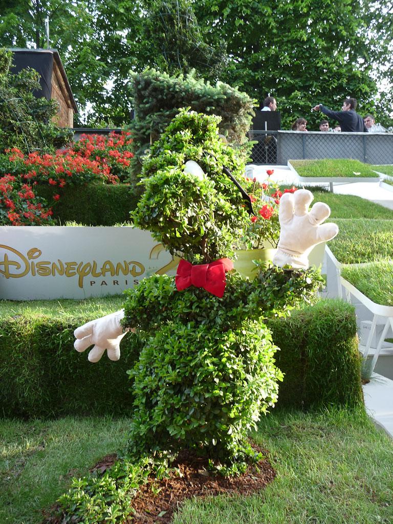 Topiaire dans le jardin enchanté de Disneyland Paris, Jardins Jardin 2012, Jardin des Tuileries, Paris 1er (75)