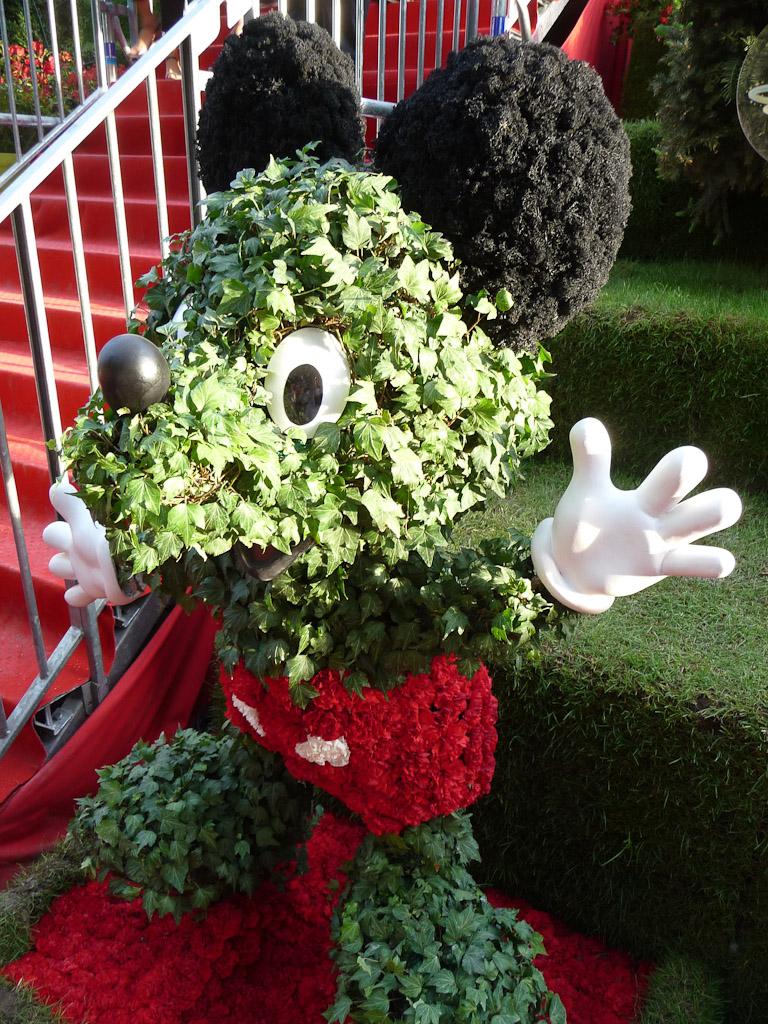 Mickey en topiaire, Jardin enchanté de Disneyland Paris, Jardins Jardin 2012, Jardin des Tuileries, Paris 1er (75)