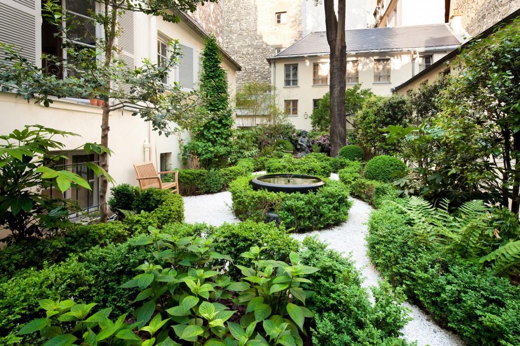 Jardin du 51 rue de Seine (Paris 6e), création Philippe Thébaud, agence Thébaud Urbanisme et Paysage