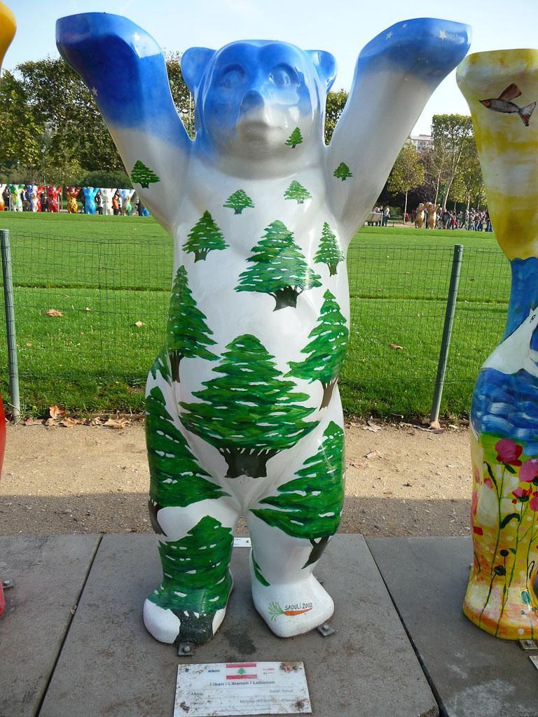 United Buddy Bears à Paris : l'ourson du Liban sur le Champs de Mars, Paris 7e (75)