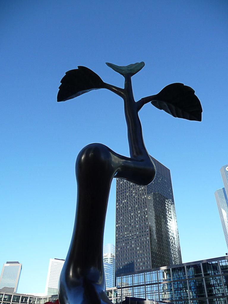 Point Croissance, Lim Dong-Lak, Esplanade Sud, Quartier La Défense 4, Puteaux (92)