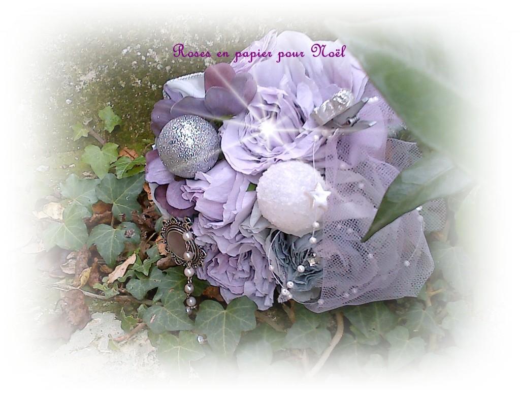Atelier de roses en papier pour Noël / Janny van der Vliet
