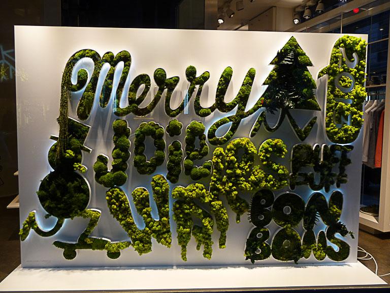 Vitrine de Noël du magasin Colette, 213 rue Saint-Honoré, Paris 1er (75)