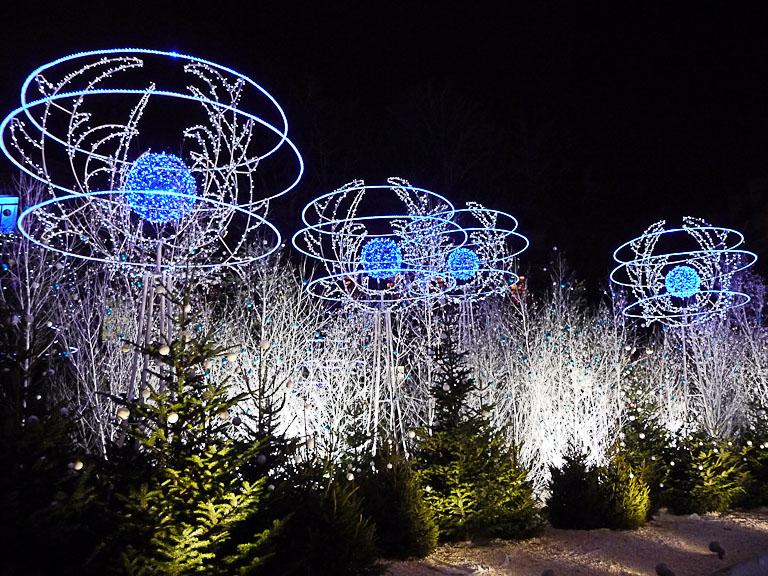 Illuminations dans Paris la nuit, Rond-Point des Champs-ɉlysées, Paris 8e (75)