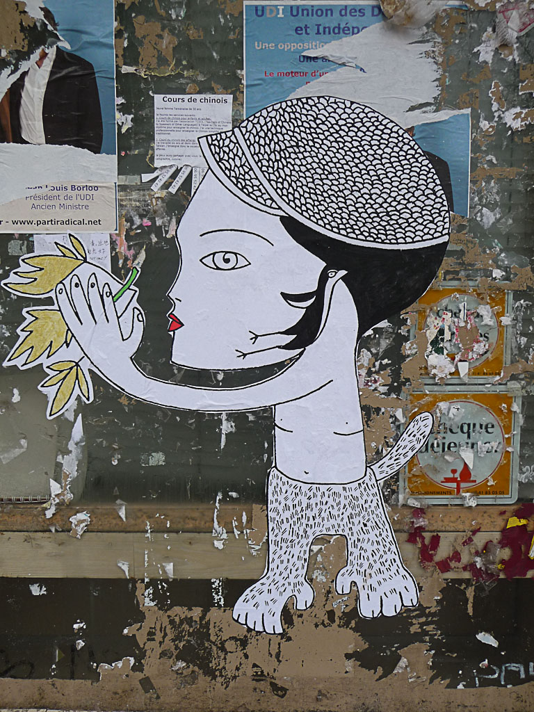 Collage de Fred Le Chevalier, art de la rue, rue de Torcy, Paris 18e (75)