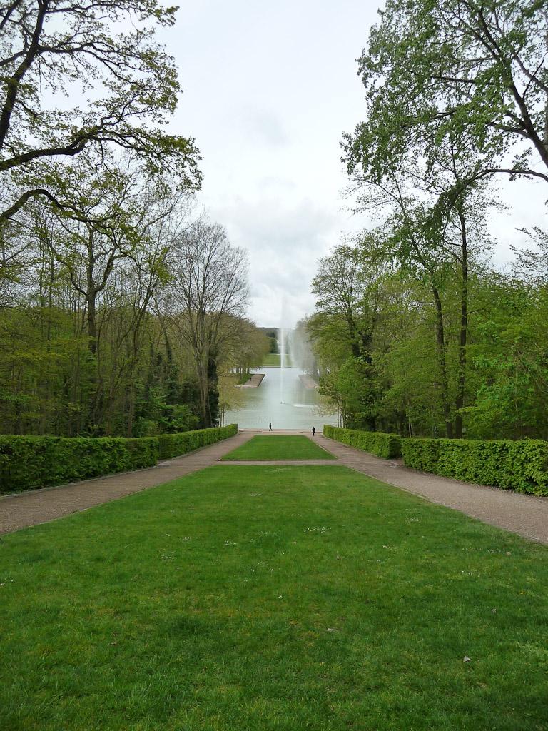 Perspective sur l'Octogone dans le parc de Sceaux, Hauts-de-Seine, 21 avril 2012, photo Alain Delavie