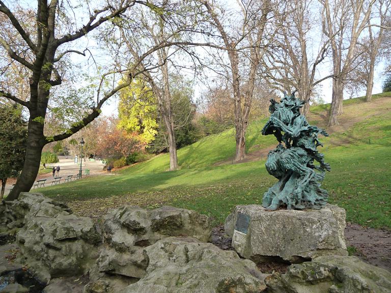 Statue du Dieu Pan dans le Parc des Buttes-Chaumont, Paris 19e (75)