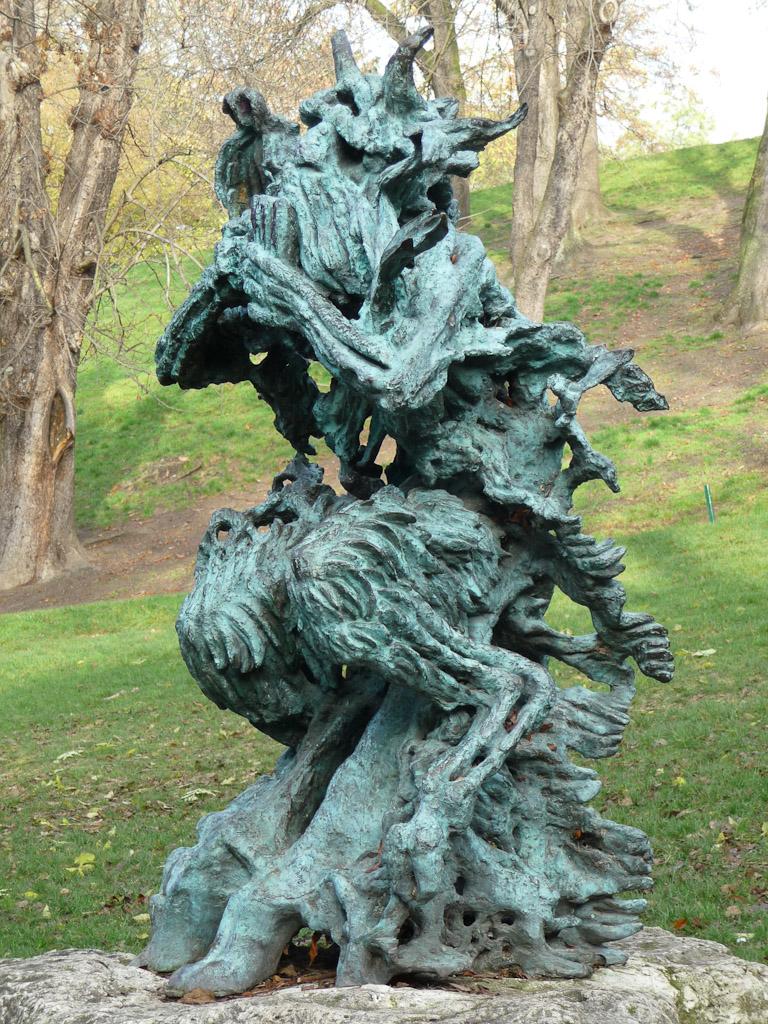 Dieu Pan dans le Parc des Buttes-Chaumont, Paris 19e (75)