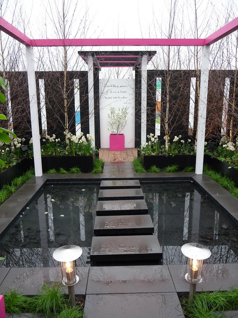 """1er Prix et Prix Coup de Coeur du public : École du Breuil, """"Blanc... Noir... Et caetera"""", salon Jardins en Seine, Terrasse du Fécheray, Mont Valérien, Suresnes (92)"""