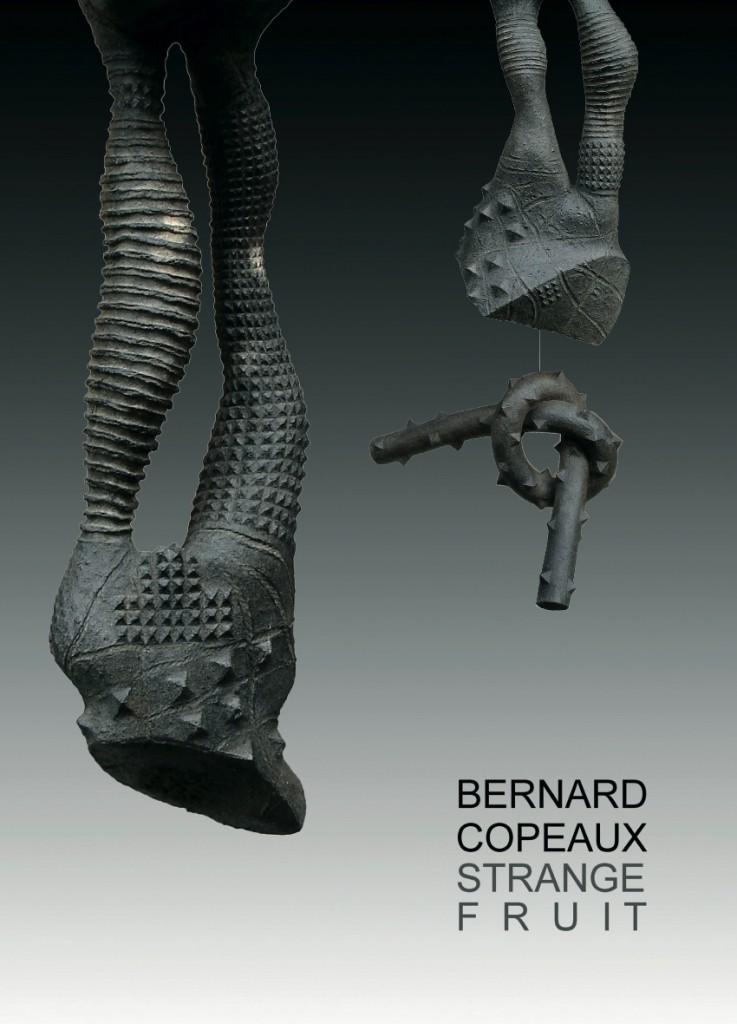 Sculptures en bouse de vache réalisées par Bernard Copeaux