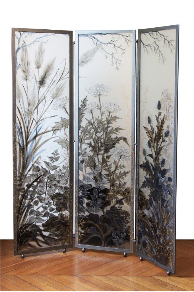 Les piquantes et les folles - Paravent en verre peint, création de Joy de Rohan Chabot