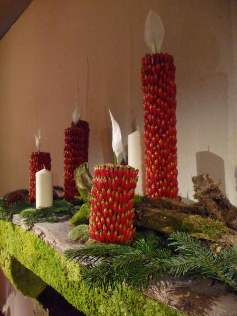 Cheminée décorée par Bruno Lamberti, Art floral de Noël, exposition Tempête de neige à la SNHF, décembre 2009, photo Alain Delavie