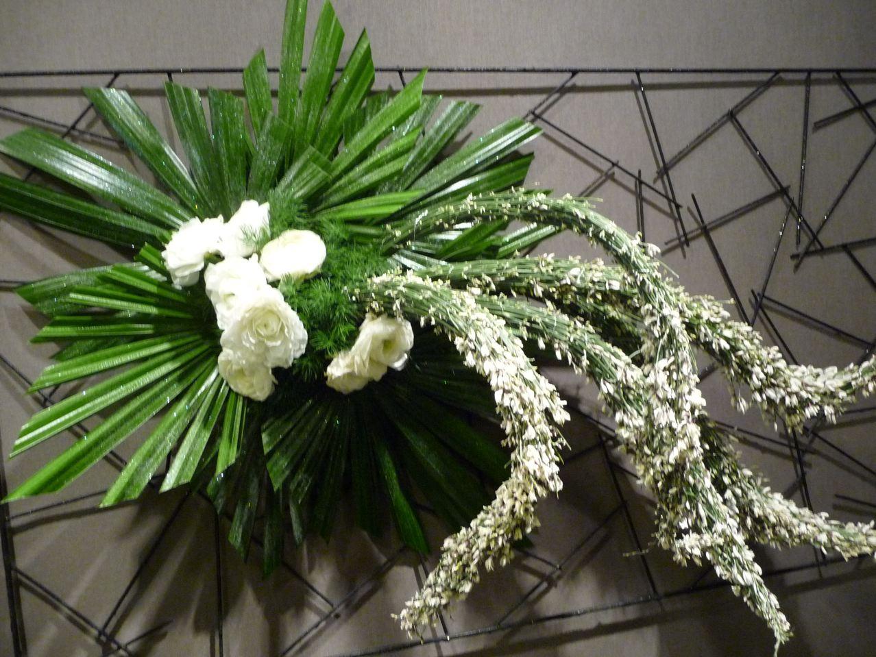 Art floral de Noël, création d'Ariane Boyer, Exposition Tempête de neige (SNHF), décembre 2009, photo Alain Delavie