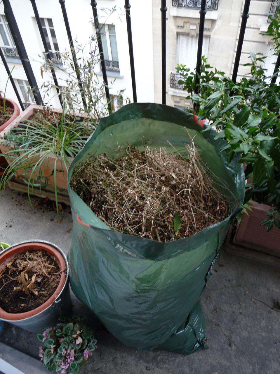 Grand nettoyage de fin d'hiver sur balcon