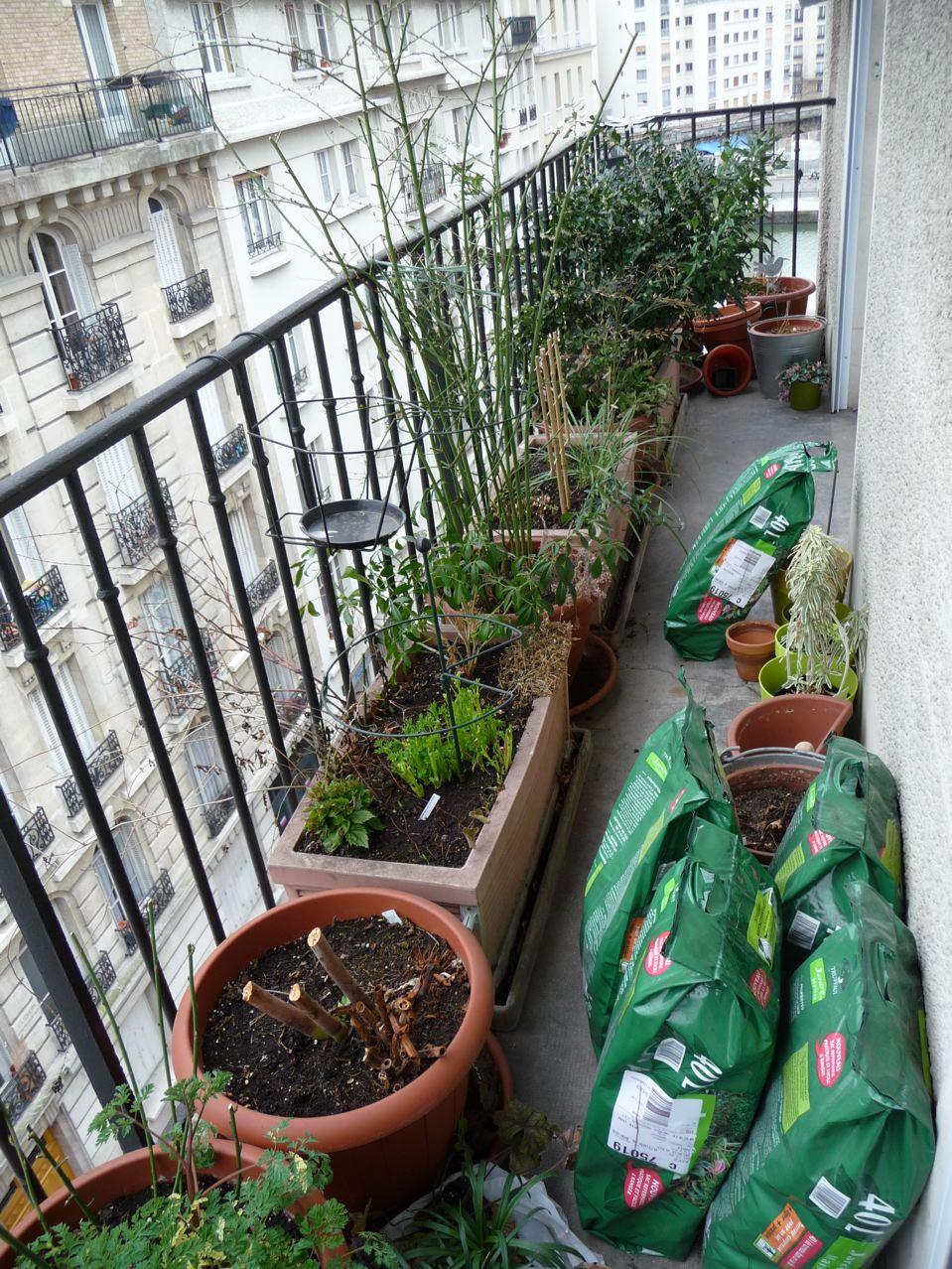 Balcon au début du printemps
