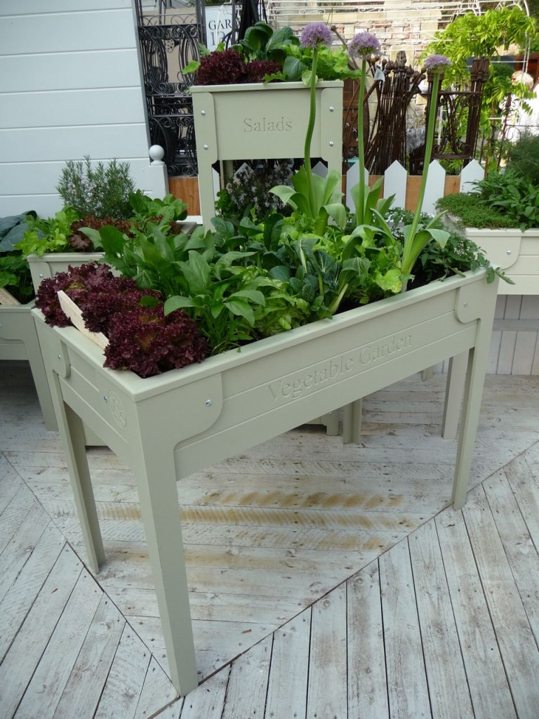 Meuble de jardin : table potagère