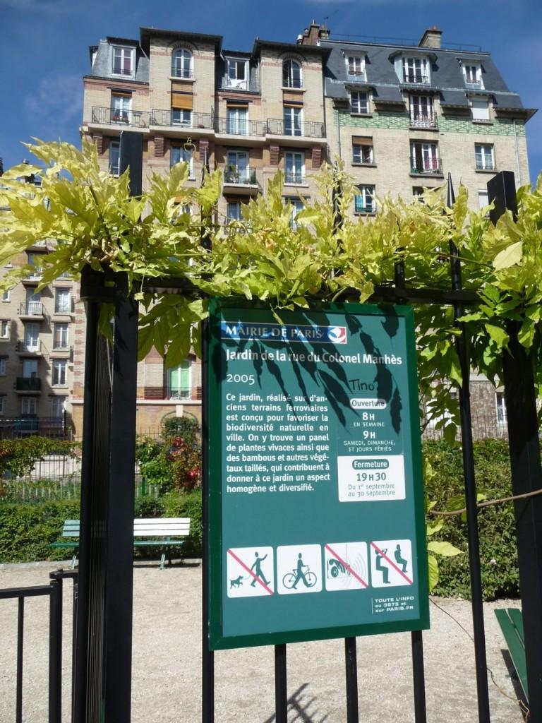 Jardin parisien le long de la Petite Ceinture