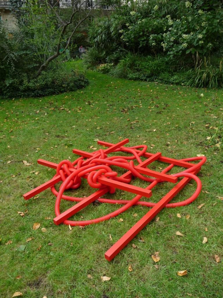 L'art contemporain dans les jardins du 11e arrondissement de Paris
