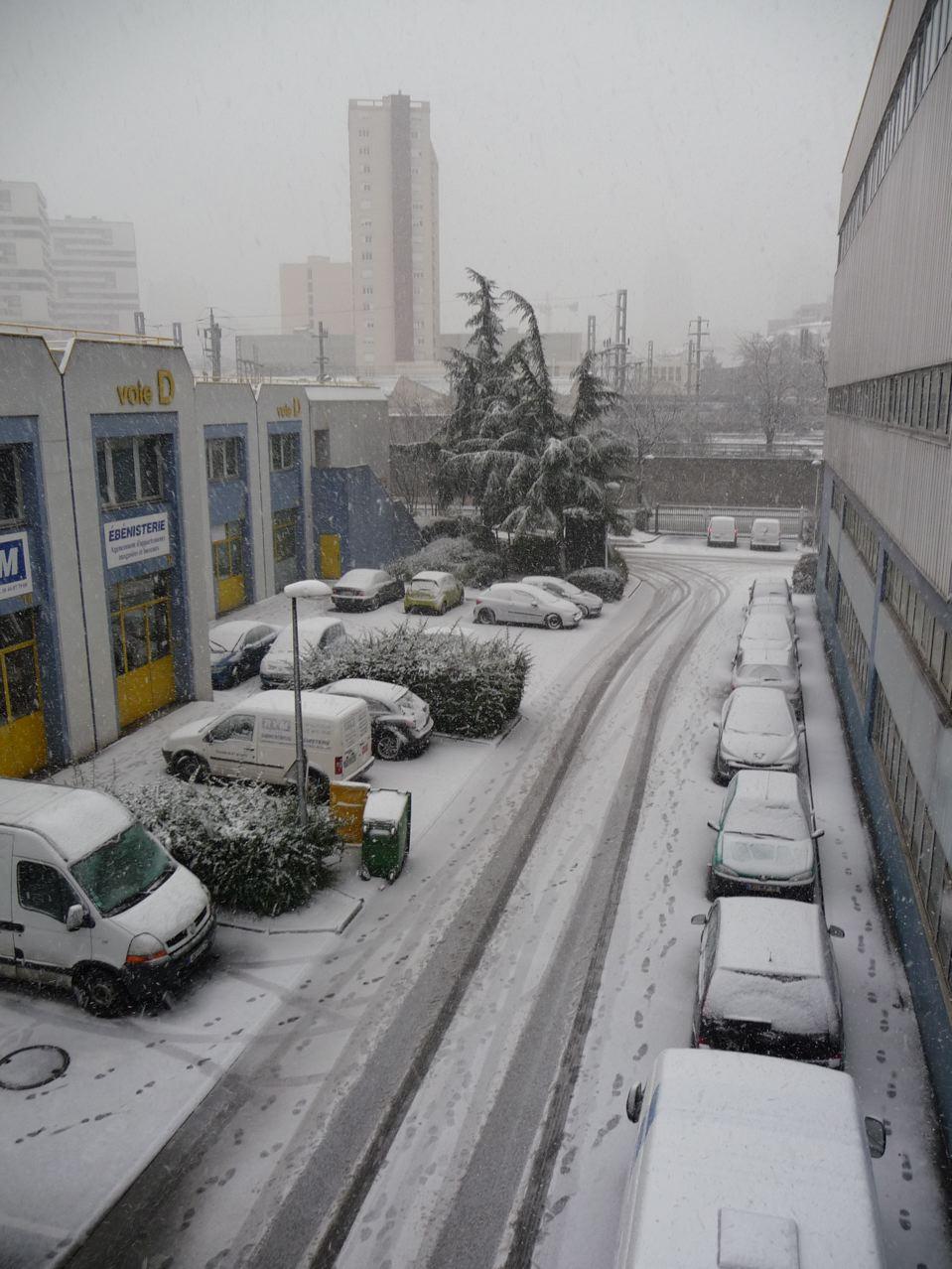 Forte chute de neige sur Paris et région parisienne