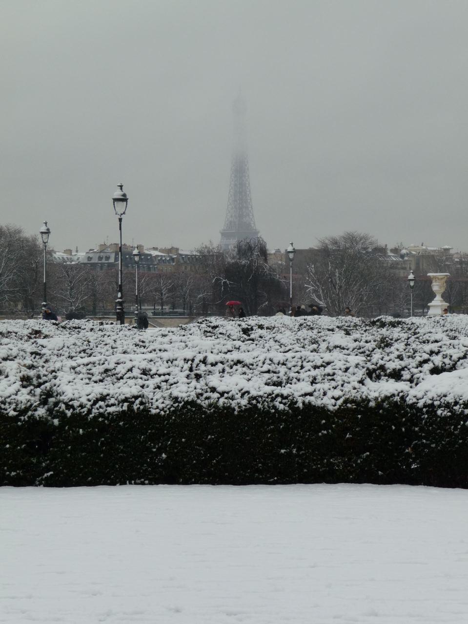 Épisode neigeux sur Paris en décembre