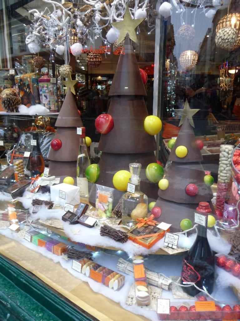 Décorations de Noël et chocolats