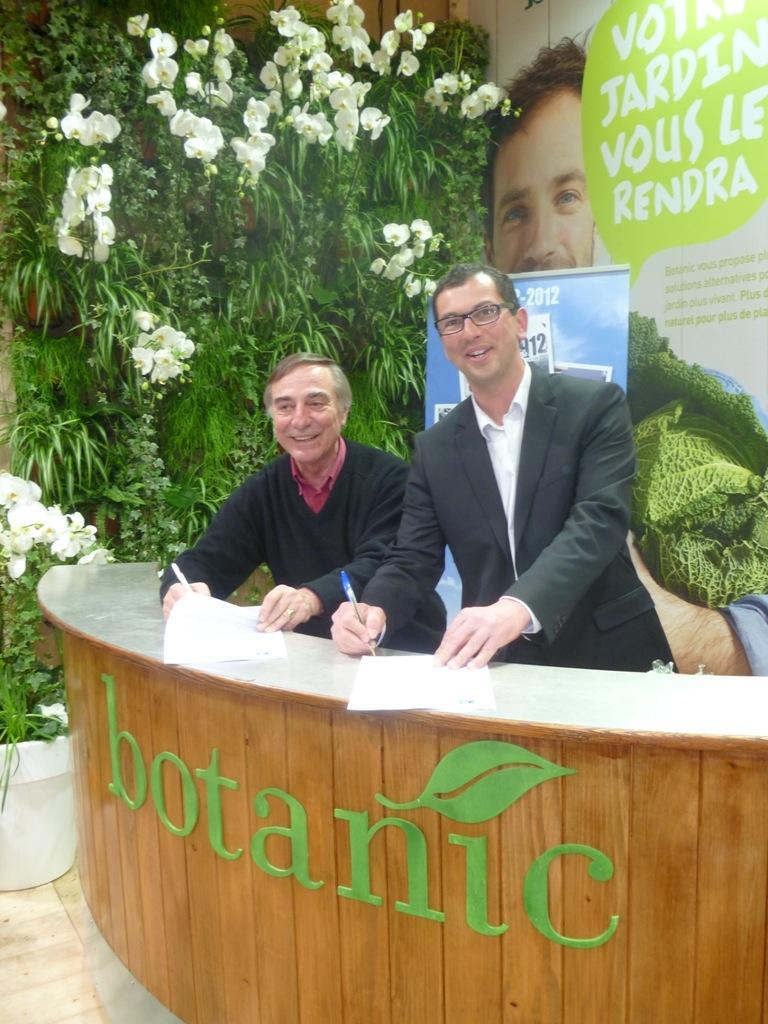 Signature du partenariat entre Botanic et la LPO