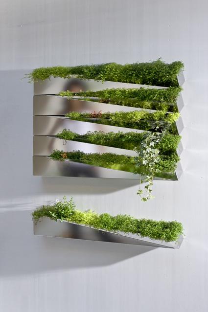 Miroir en herbe, projet de Jean-Jacques Hubert (H2oarchitectes), collection Mobilier cultivé, édité par Compagnie.